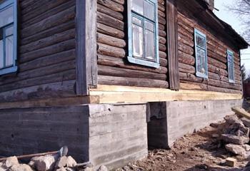 Подъем дома для полной замены фундамента