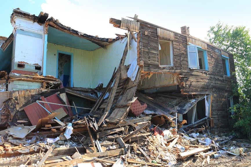 демонтаж двухэтажного дома