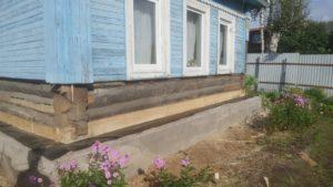 Ремонт деревянного дома: замена нижних венцов