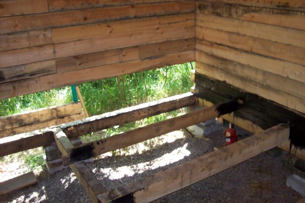 Замена лаг в деревянном доме